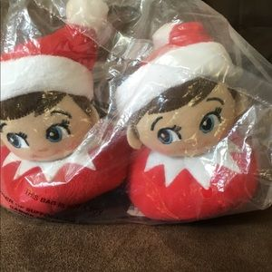 Other - Elf on the Shelf child slippers NWT! Sz 7/8